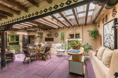 Courtyard Entertaining with Outdoor Skylights