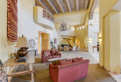 Quail Run - Clubhouse Lobby and Lounge