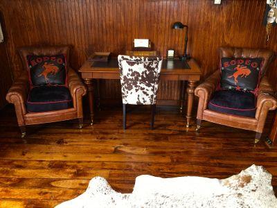 Barn Bunkhouse Desk / Office