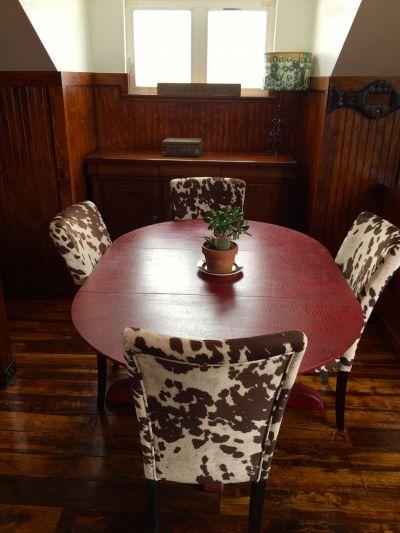 Barn Bunkhouse Dining Area