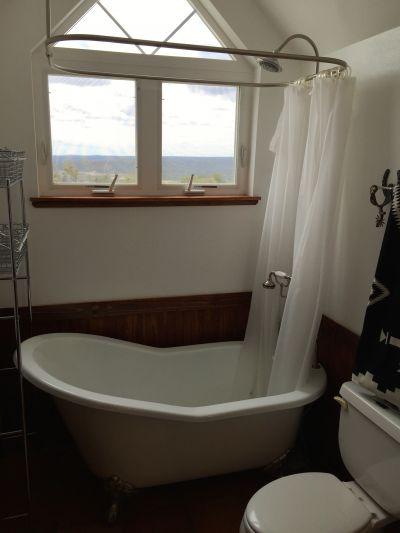 Barn Bunkhouse Bath