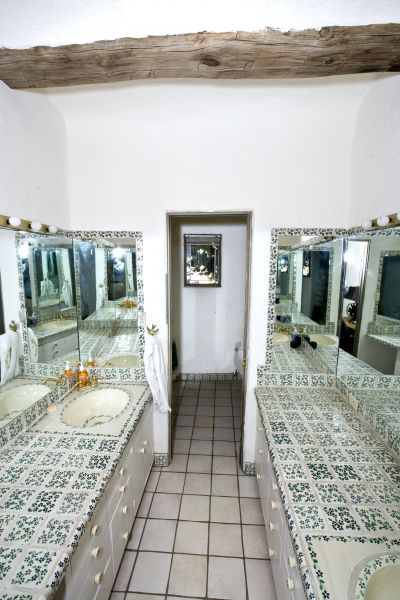 Main Residence - Bathroom