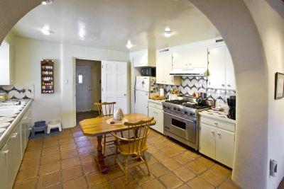 Bunk House - Kitchen