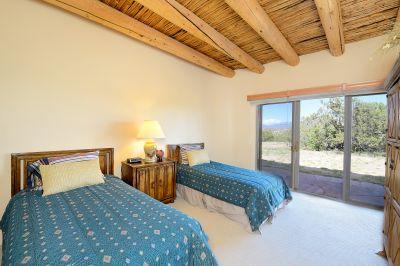 Guest Bedroom 1 En Suite