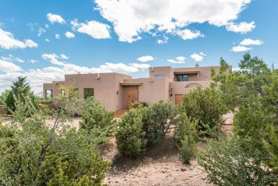 Gated Access to the Residence Provides Privacy