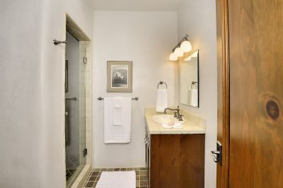 Den/Possible 3rd Bedroom Bath