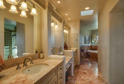 Master Bath with Dual Sinks & Sit-down Vanity