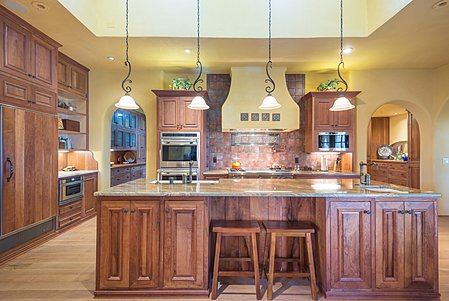 Kitchen cabinets in Cherry and Mesquite.