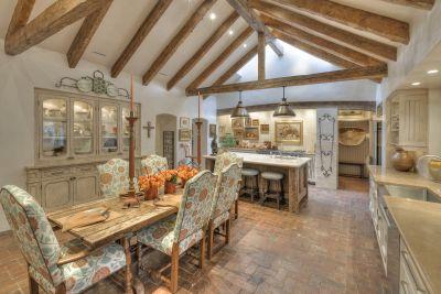 Main Residence - Kitchen