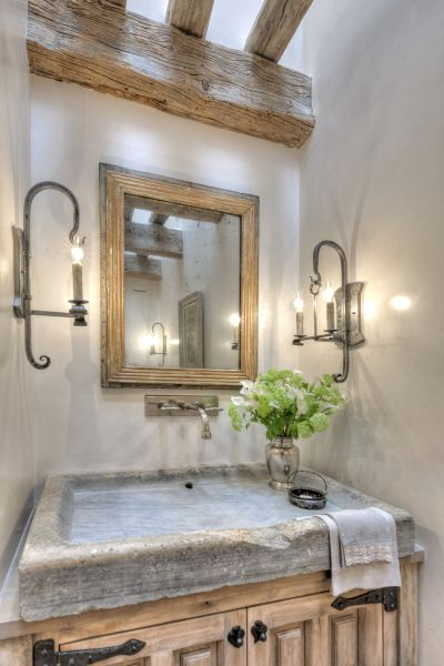 Main Residence - Powder Bathroom