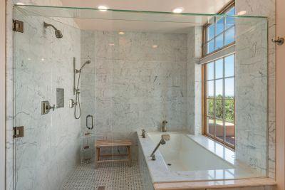Wet Room in Owners' Bathroom