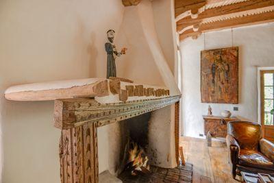 Shepherd's Fireplace in Grand Sala