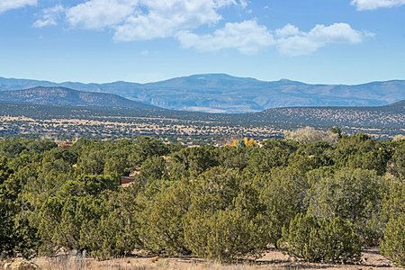 Views of Jemez mountains, including Redondo, Pajarita & Santa Clara Peaks