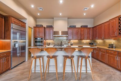 Kitchen with Center Island Counter Seating