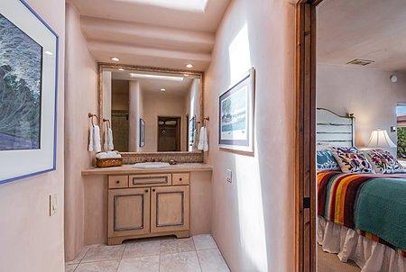 Guest House - En Suite Bath of Guest Suite One