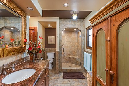 Remodeled Owner's Bathroom