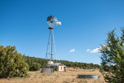 Homestead site with windmill-powered well