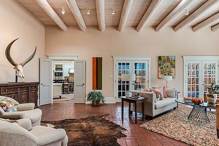 Living Room 12 foot ceilings