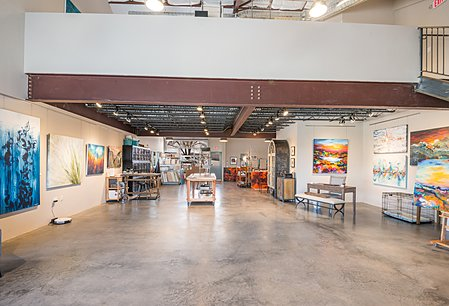 Expasive Industrial Space with Concrete Floors for Gallery and Studio