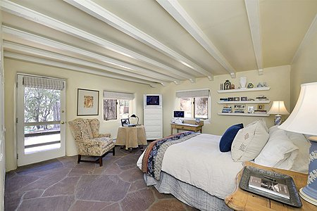Main House - Guest Bedroom #1