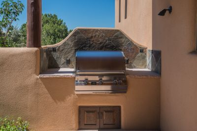 Built-in Gas Grill on Dining Portal