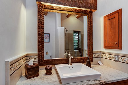 Guest House - Bathroom