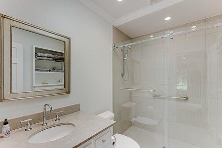 Guest House Bathroom