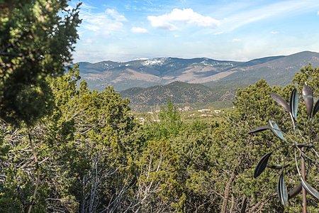 Views of the Sangre de Cristo Mountains and Santa Fe Ski Basin