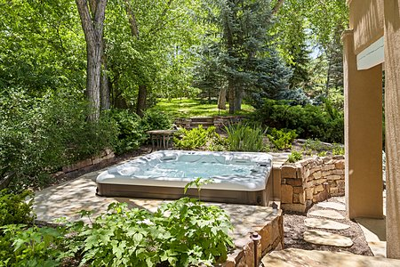 Hot Tub outside Master Suite