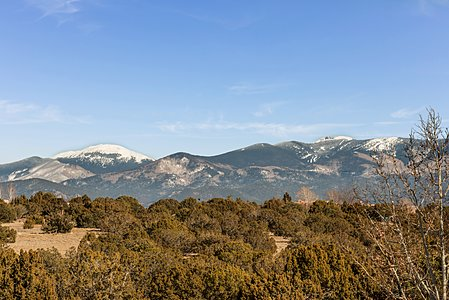 Sangre de Cristo Mountain Views from Indoor Spaces and Viewing Deck