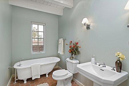 ...with En Suite Bath