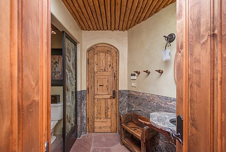 Casita Bathroom with direct entry from Pool