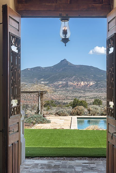 Exit to backyard with view of Cerro Pedernal