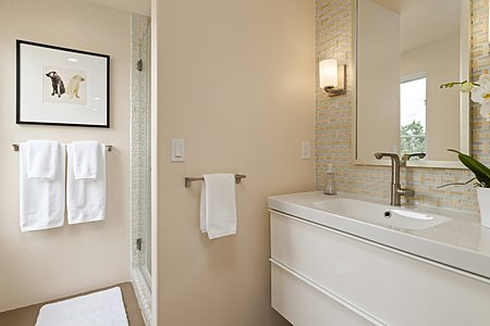 Three quarter en suite bath in guest bedroom #2